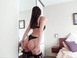 Amateur masturbation in lingerie