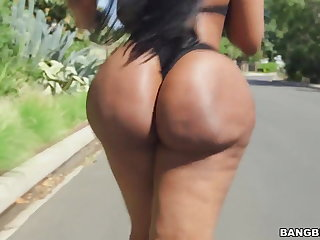 Obese ass ebony Victoria Cakes