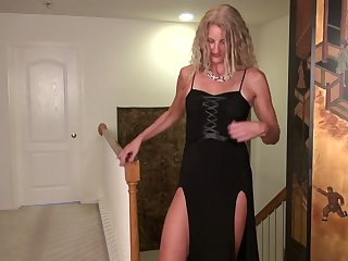 Astounding cougar Zoe Marks is masturbating her dither on the floor