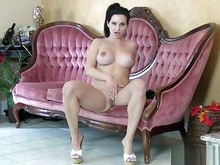 Twitting and Masturbate Ashley Sinclair