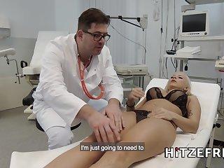 Lilli Vanilli fucks her doctors big weasel words