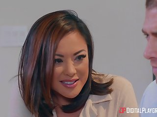 Xander Corvus fucks tight drenched pussy of amazing Kaylani Lei