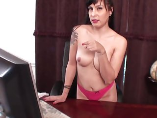 Maid Categorizing her pussy in a chair