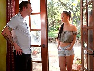 Adorable Asian masseuse Jade Kush treats dude with kneading and oversexed impetus