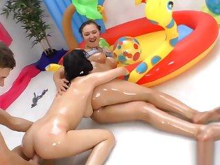 Judit together with Vanessa Vaughn wet threesome