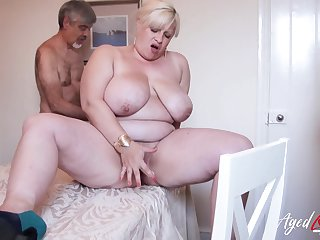 Horny friend is playing with hairy mature pussy of order about blonde