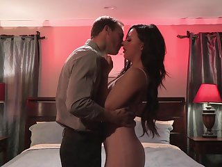 Obsessed with sex brunette Whitney Wright gets intimate with new lover